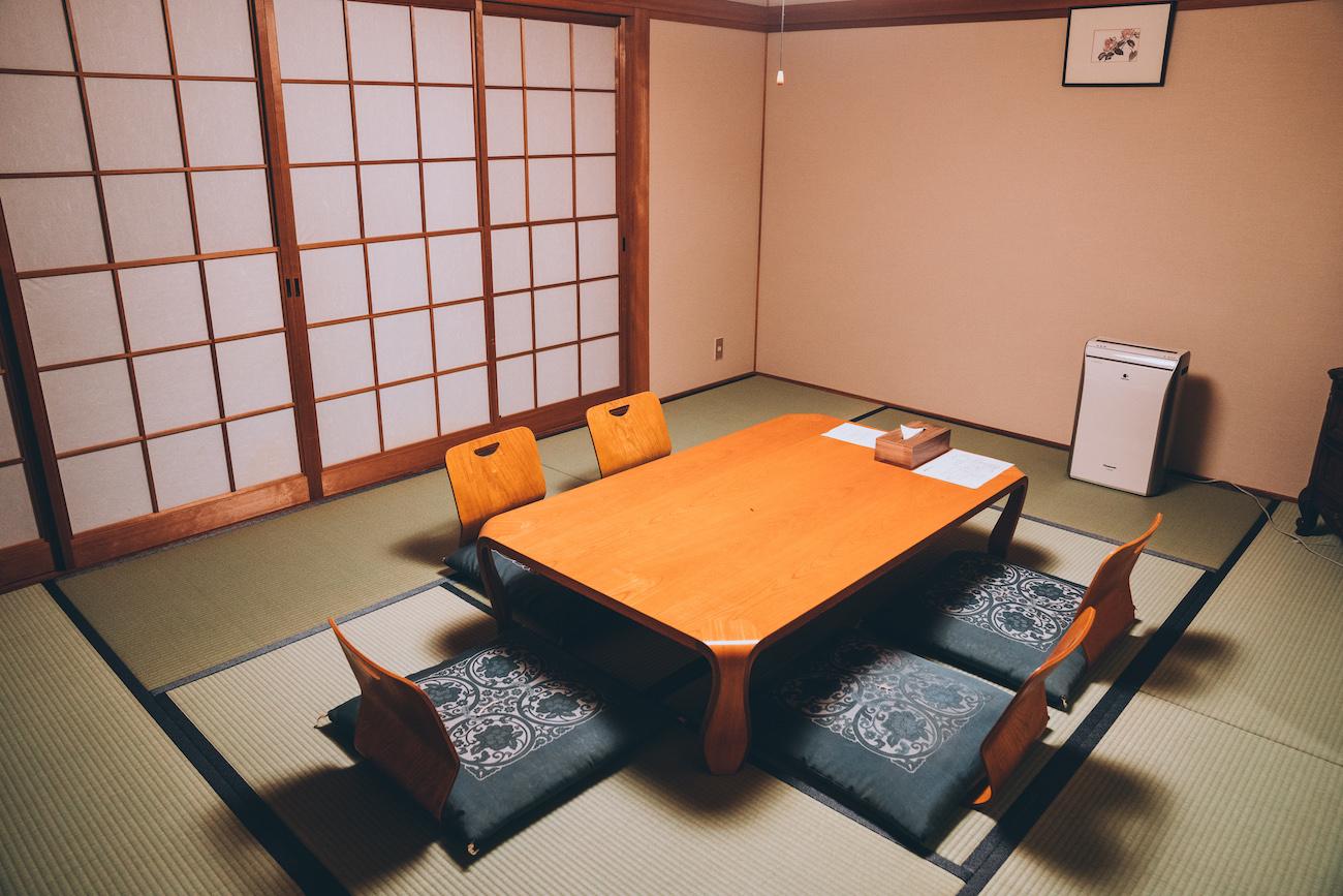 Florence設有一個日式房間,最多可容納5人,讓你感受大自然慢活